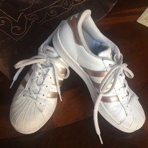 Sz 7.5 Adidas Superstar
